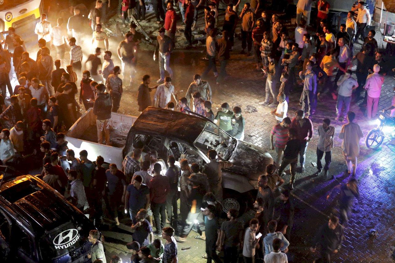 敘利亞西北部汽車炸彈自殺攻擊 至少14死