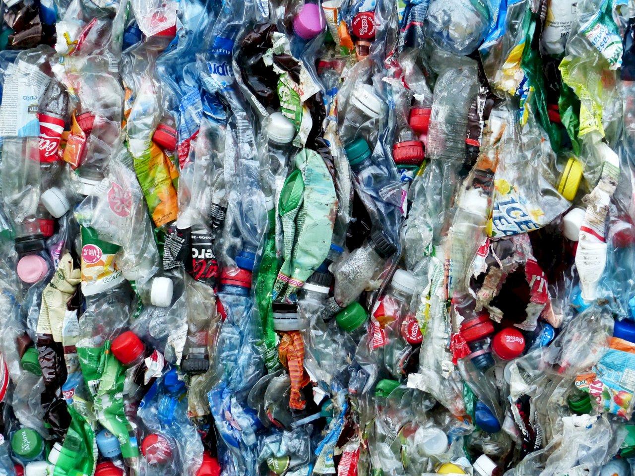 符合聯合國公約 馬來西亞允許美國塑膠垃圾進口