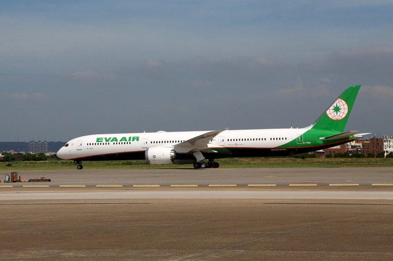 長榮23日將取消113航班 影響2.4萬名旅客