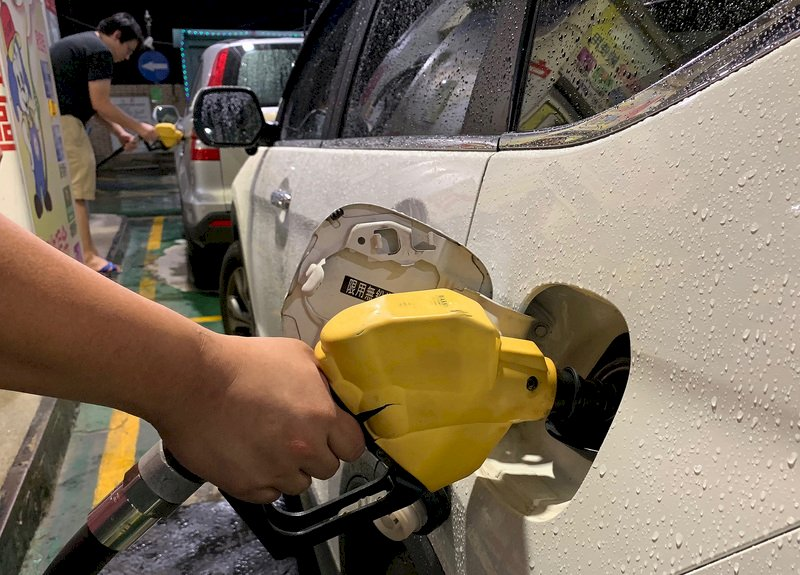 降價 22日起中油汽﹑柴油各降3﹑4角