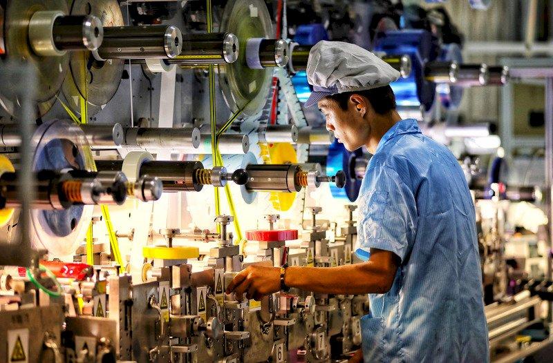中國首季經濟成長創紀錄18% 低於專家預期