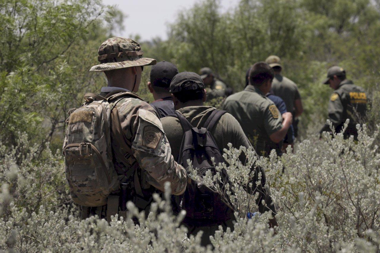 全美10城大搜捕 無證移民將面對黑暗日