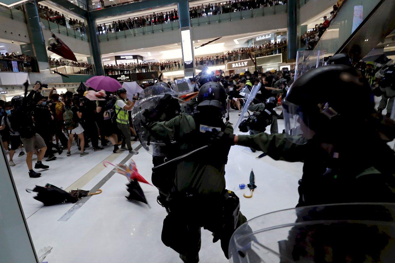 香港建制派:乾脆禁止示威、考慮地區性戒嚴