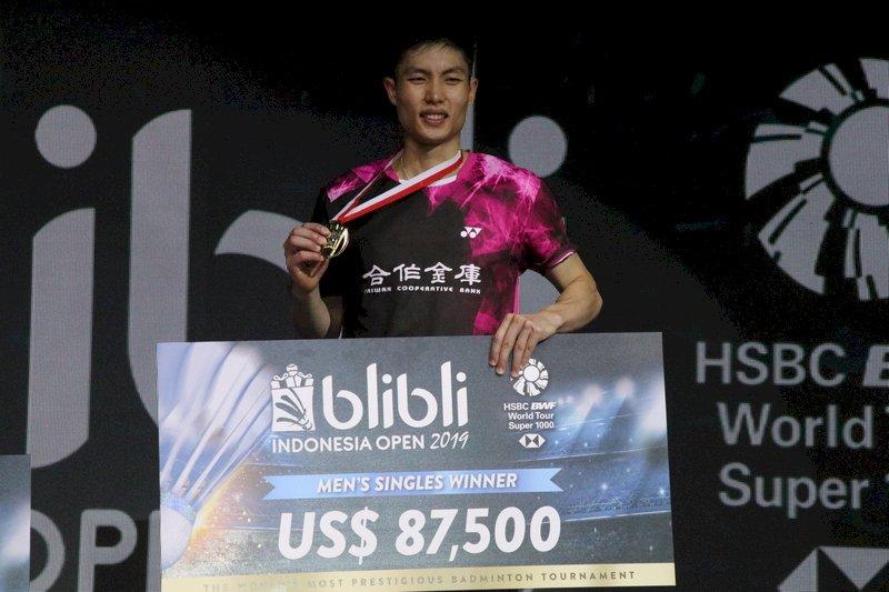 周天成印尼羽球賽奪冠 台灣男單史上第一人
