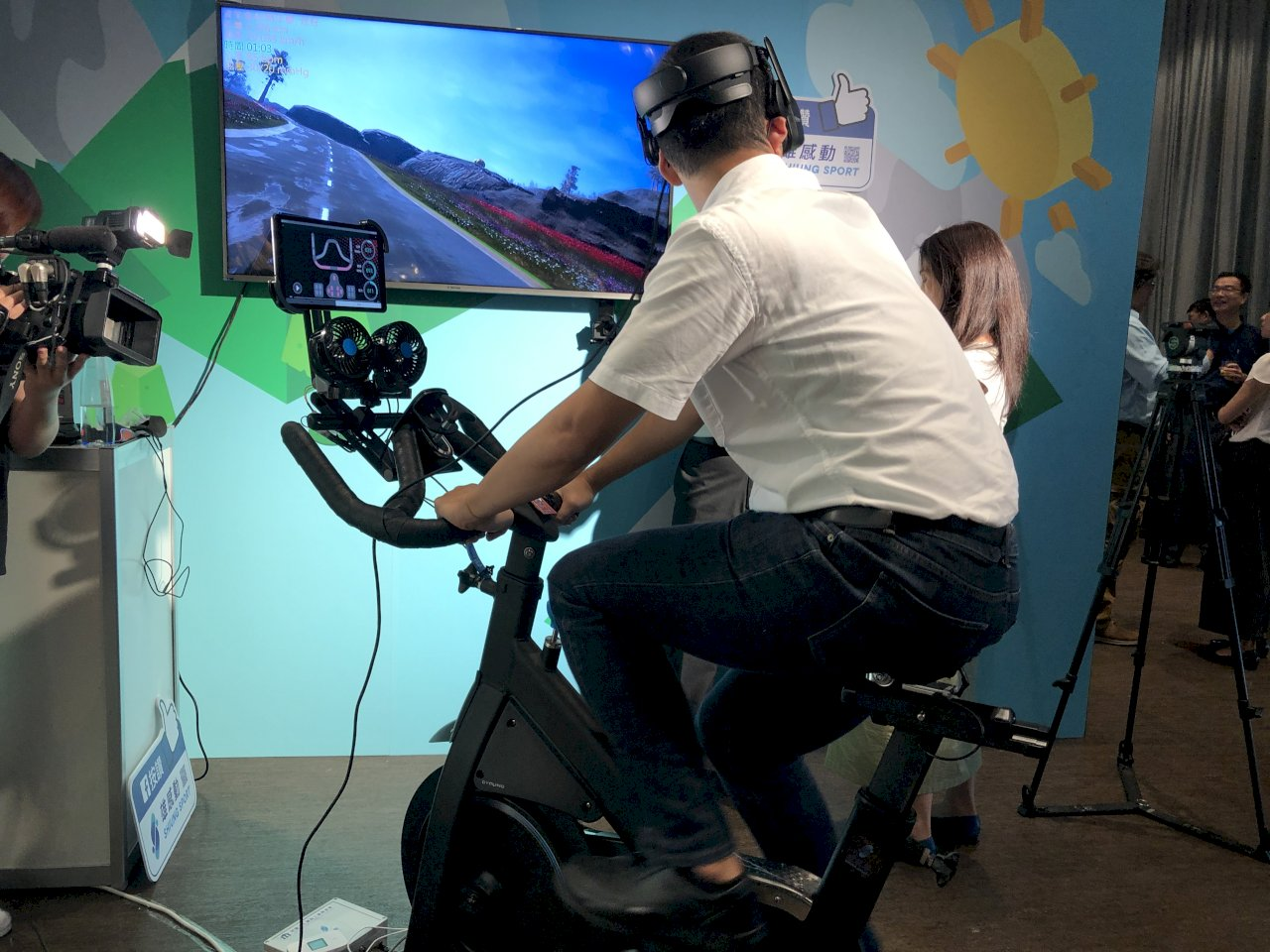 虛擬實境更進階 資策會VR飛輪帶你體驗環法自行車賽
