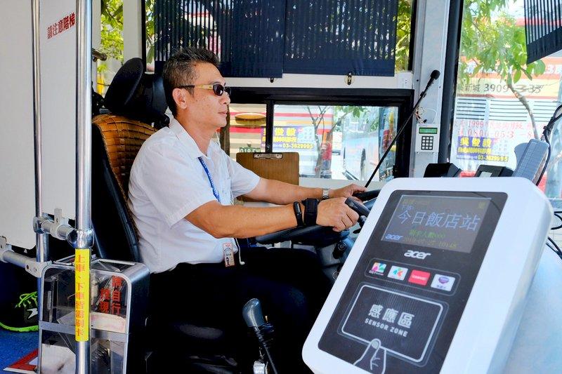 大客貨運駕駛年限 最快明年6月放寬至68歲