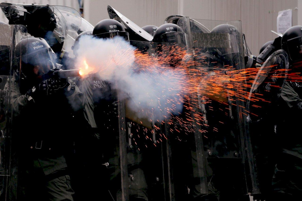 示威地有老人院  香港議員籲警方勿放催淚彈