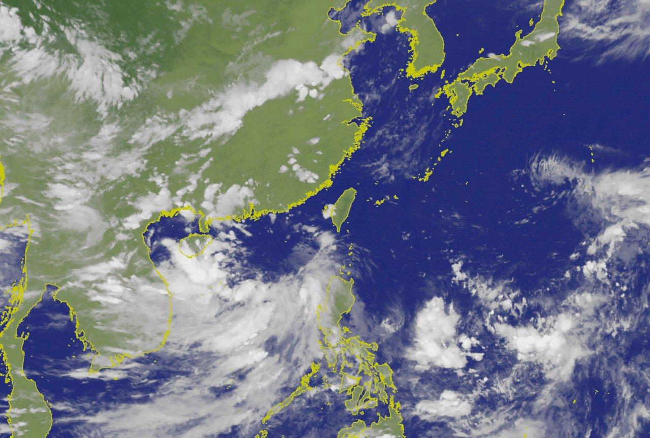 南海低壓增強恐成颱 間接影響台灣天氣