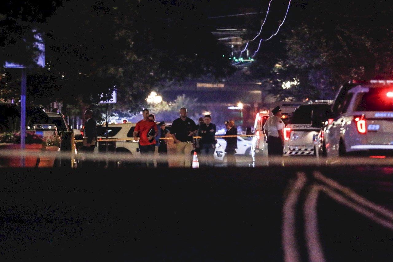 俄亥俄夜店區爆掃射案 10死26傷