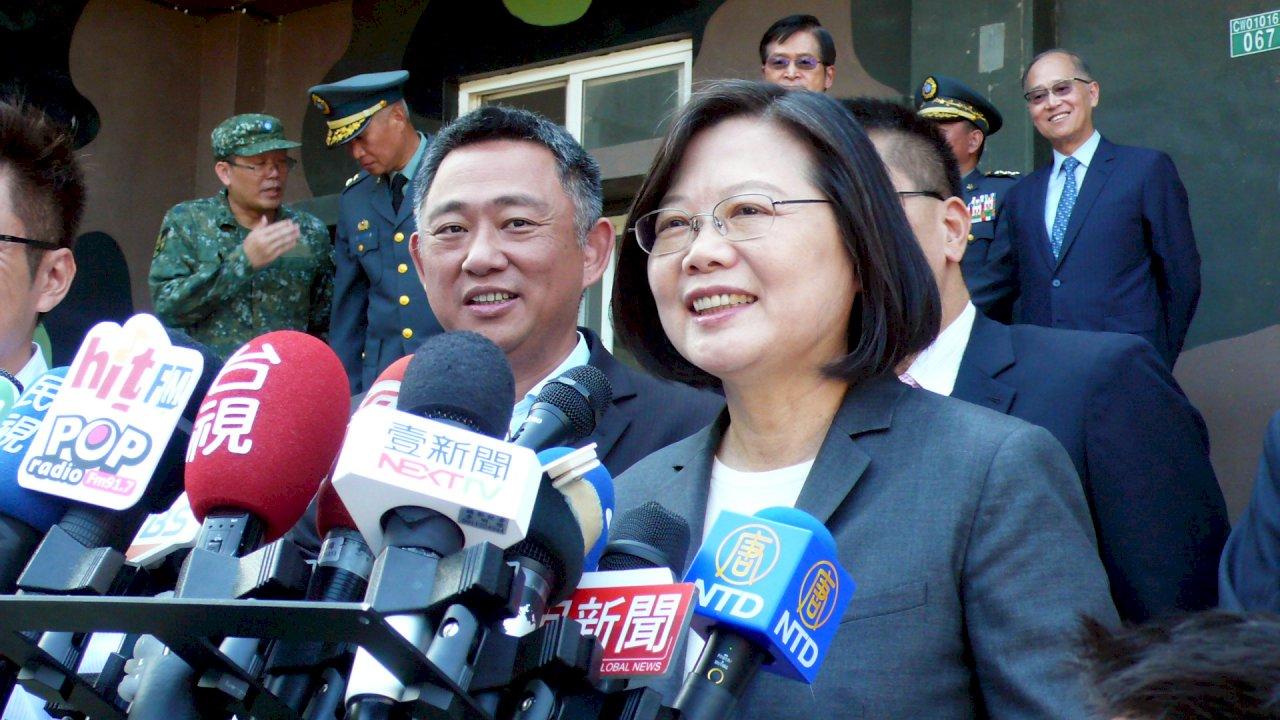 韓國瑜控遭監控 總統籲提證據、提告