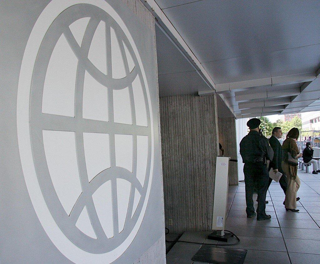 世銀縮小中國維吾爾職業學校計畫規模