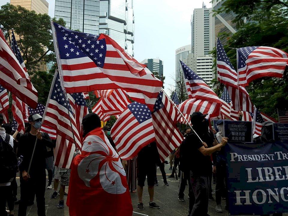 反送中遊行到美國領事館 港人籲川普解放香港