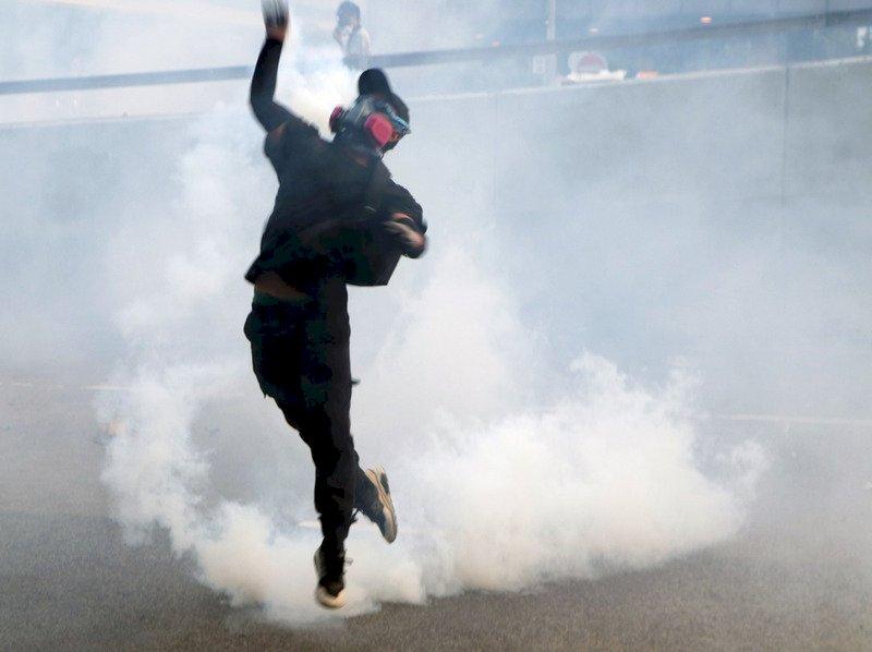 反送中大亂鬥 逾500名醫護登報譴責暴力