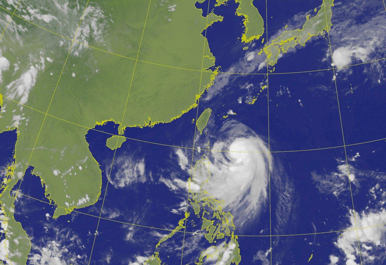 輕颱米塔逼近台灣 估晚間8:30發布陸警