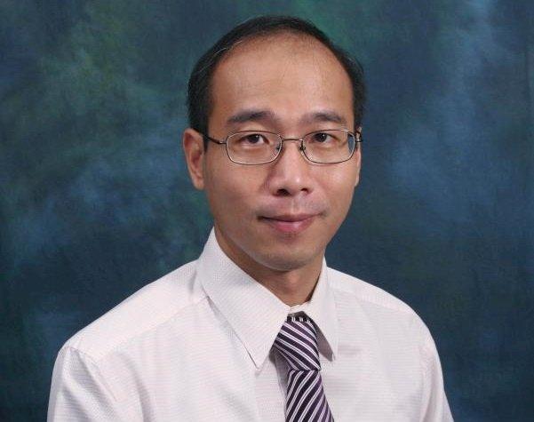 指學生為暴徒 香港理大講師被暫停職務