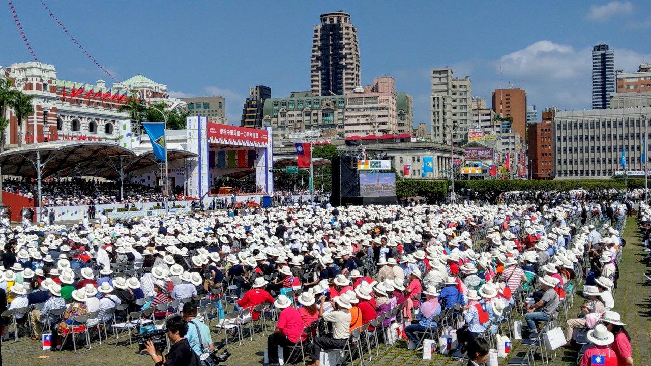 僑胞熱烈參與國慶大典 多肯定蔡總統施政