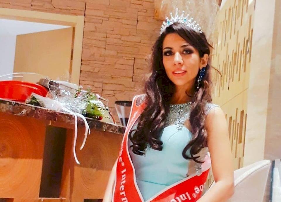 憂被殺不願返鄉 伊朗選美皇后滯留菲機場近兩週