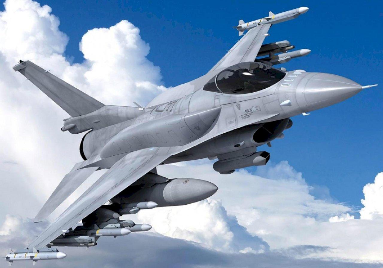 立院三讀 新式戰機採購特別預算通過