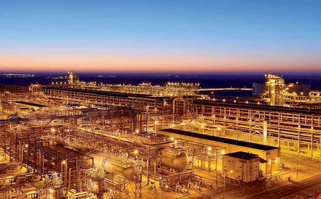 沙烏地阿美石油上市次日 市值一度破2兆美元