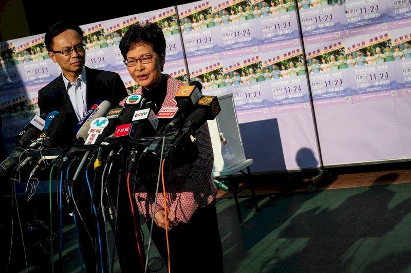 區選結果反映人民不滿 林鄭:政府聆聽反思