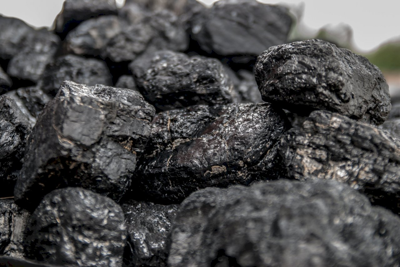 使用政府推廣清潔煤 河北多名村民中毒身亡