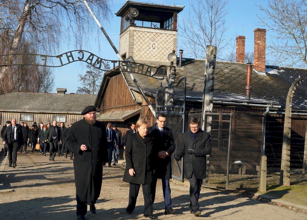 就任總理14年 梅克爾首次造訪奧斯威辛集中營