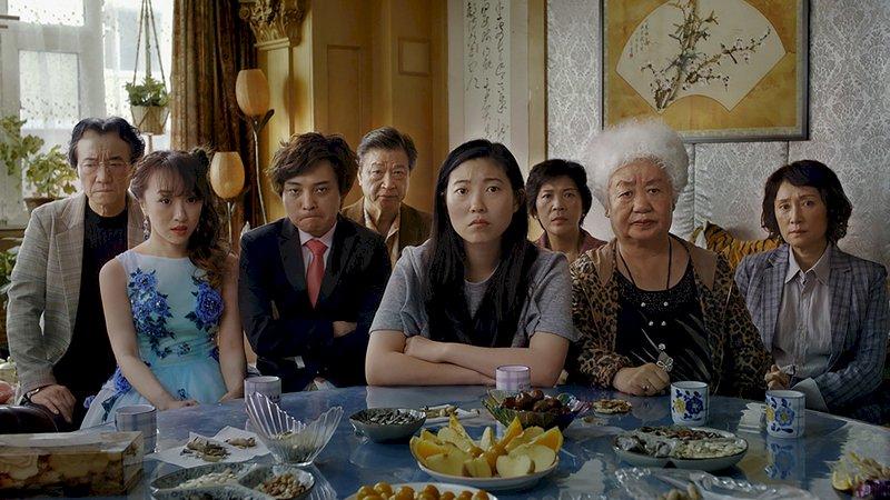 奧斯卡遺珠 「別告訴她」榮獲精神獎最佳影片