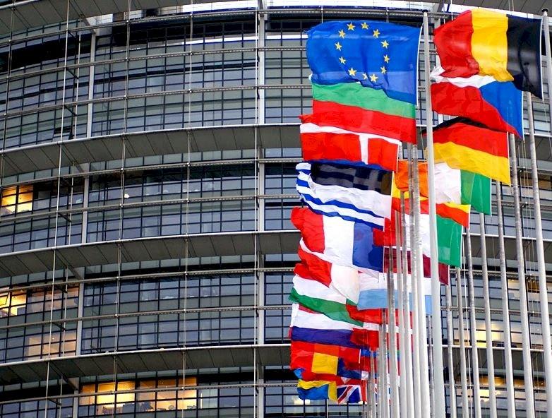 11月起外國人赴美須完整接種 歐盟籲納入AZ疫苗