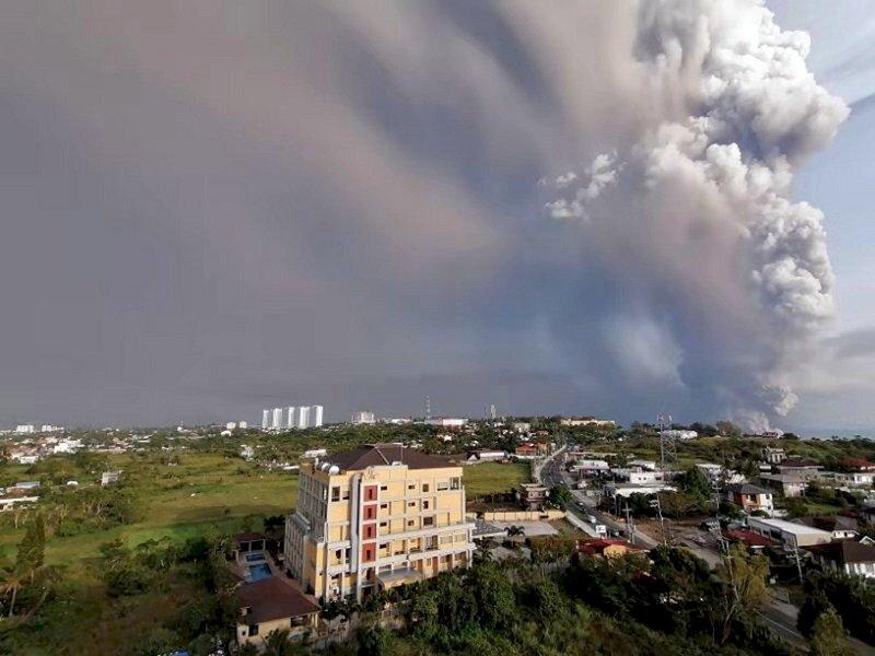 菲律賓3座火山出現擾動 進入警戒狀態