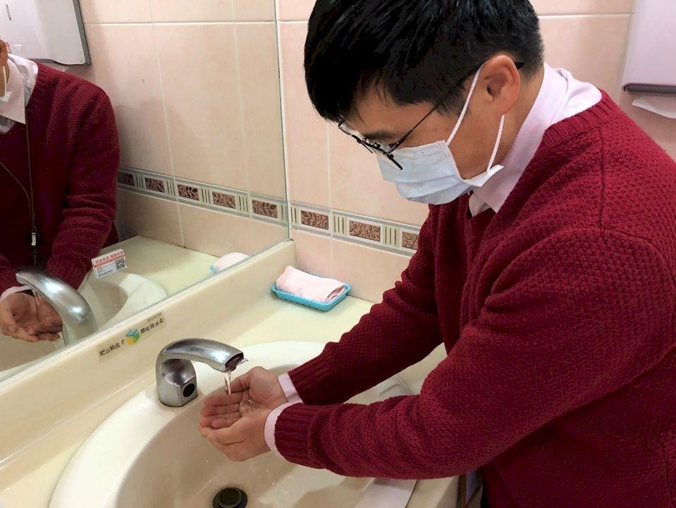 防武漢肺炎 醫師籲戴口罩也要勤洗手