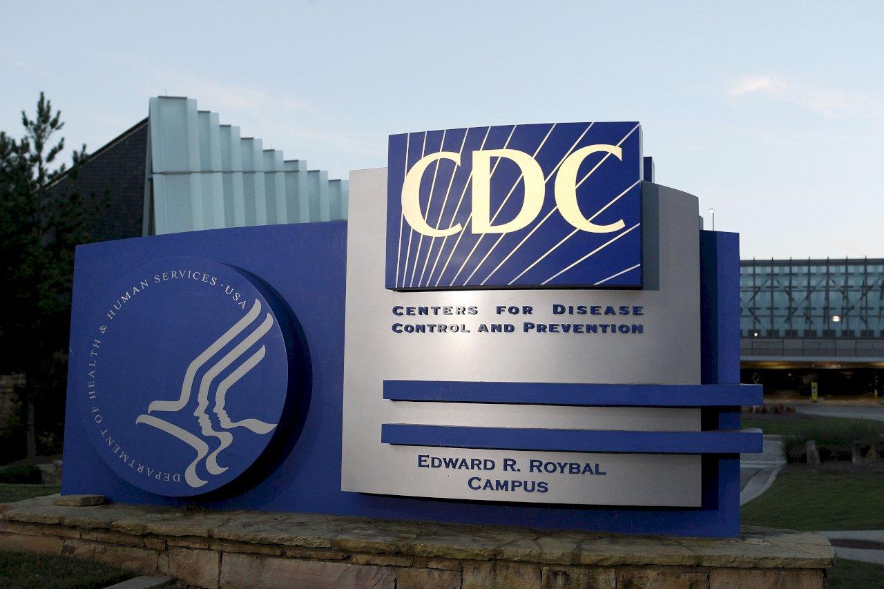 美67%郡出現顯著高傳染率 CDC:室內戴口罩應恢復