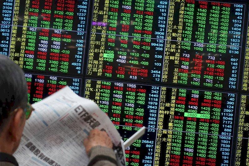 台股收漲50點 站上12900點關卡