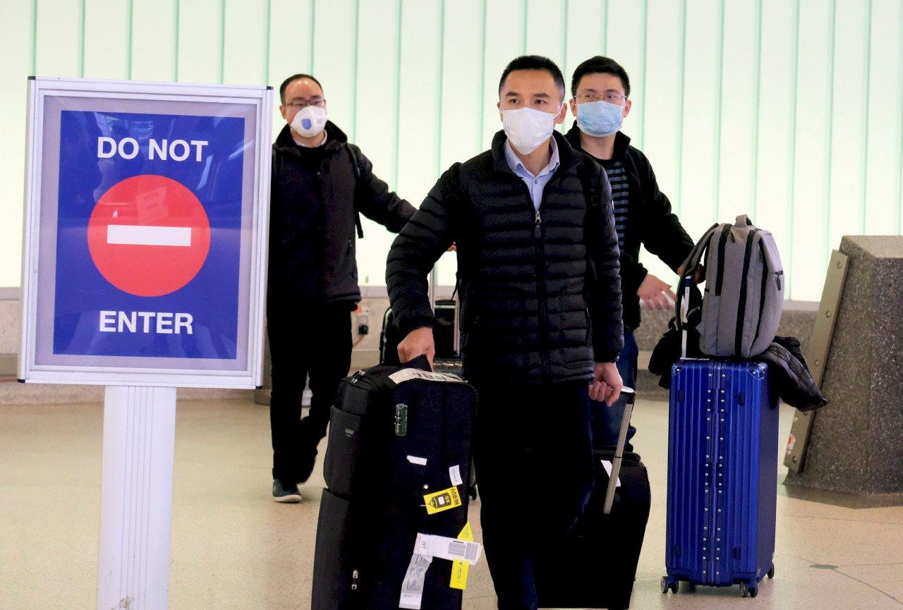 武漢肺炎衝擊/美國華人戴口罩上街惹反感