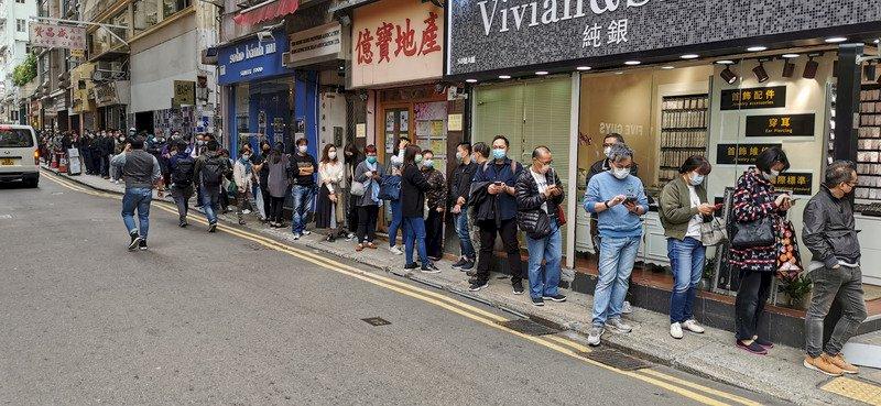 新冠肺炎 香港家族邀中國親友吃火鍋9人遭感染