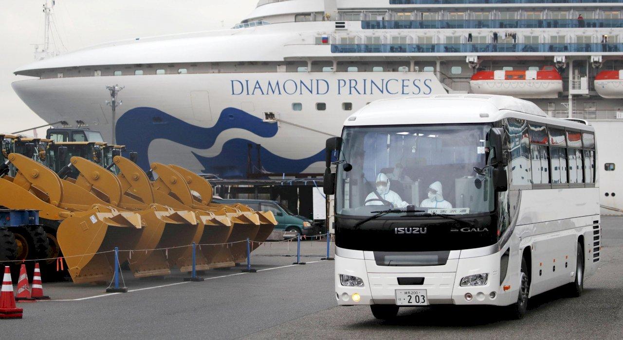 日本厚勞省:鑽石公主號19日上午約500人可下船