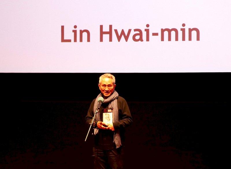 林懷民赴倫敦 親領英國國家舞蹈傑出舞團獎