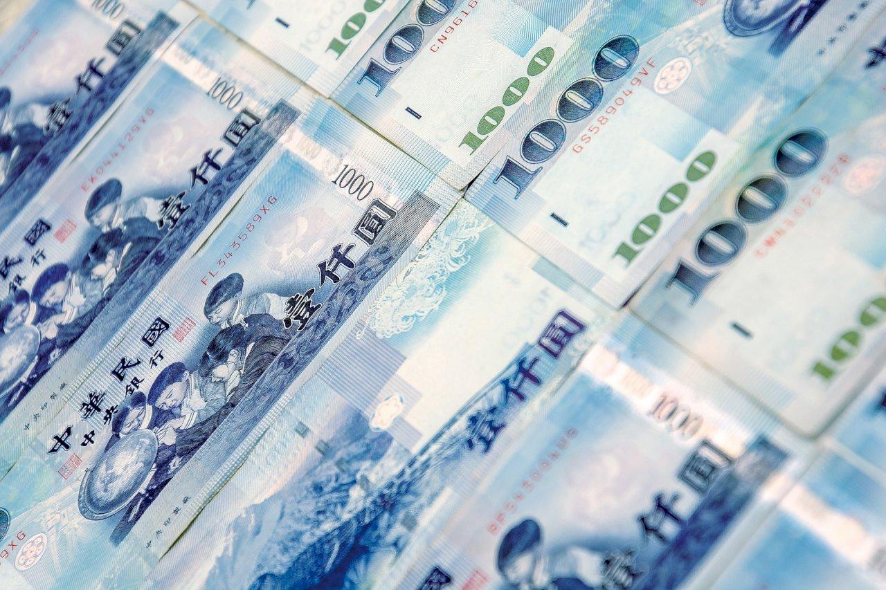 近3兆資金排隊入台股 證券劃撥存款餘額單月驟增1743億