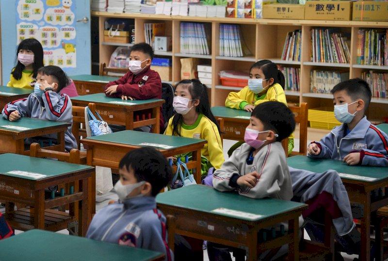 本土案例增 教育團體籲疫情嚴重地區停課