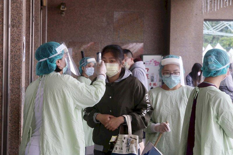 最勞苦職業 調查:醫護人員、下水道工人、消防員