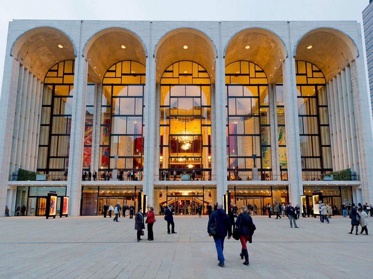 紐約大都會歌劇院祭鐵腕 新一季強制疫苗接種