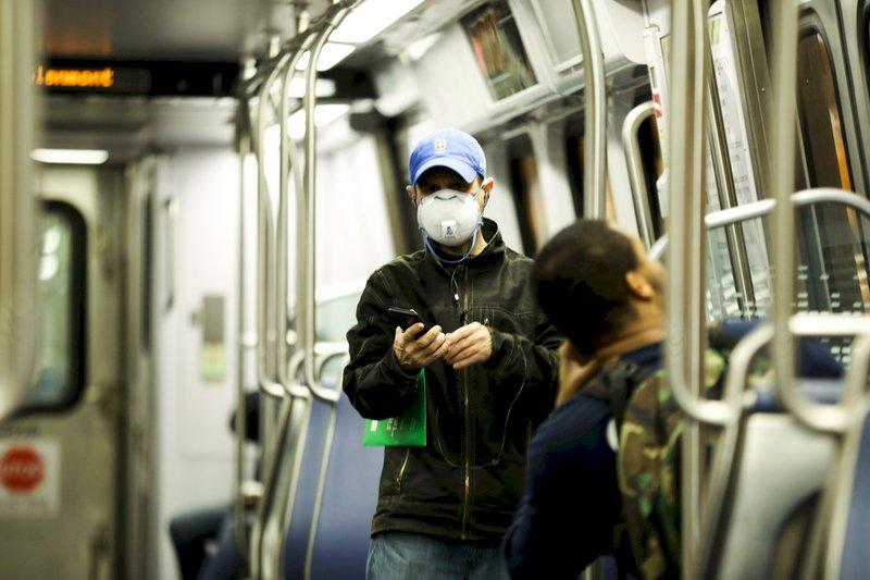 調查:美國多數認知口罩有效 重要時刻半數沒戴