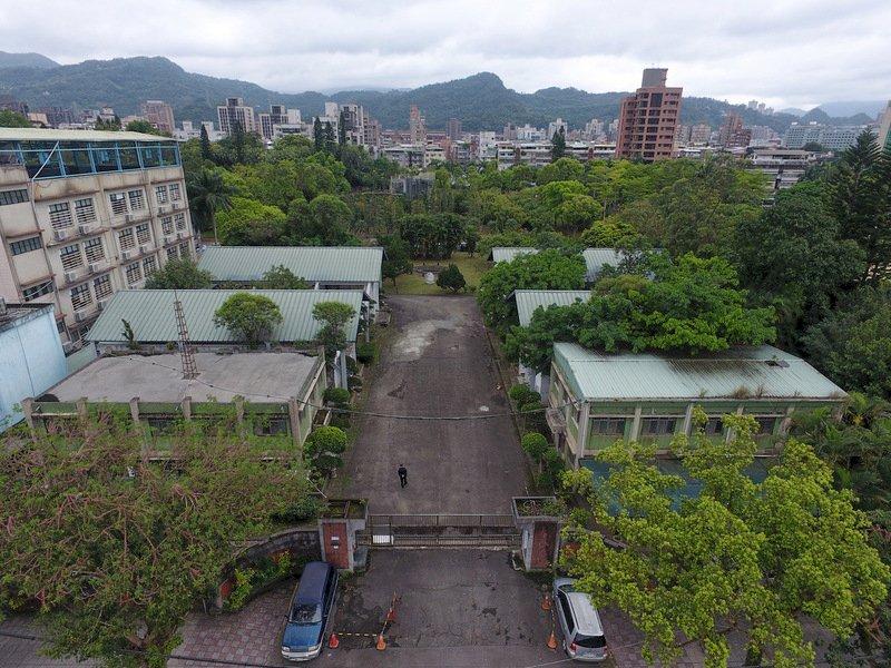 下週的台灣歷史回顧:10月10日國慶節、王永慶、張學良都世於10月15日、國民黨革命實踐研究院創立