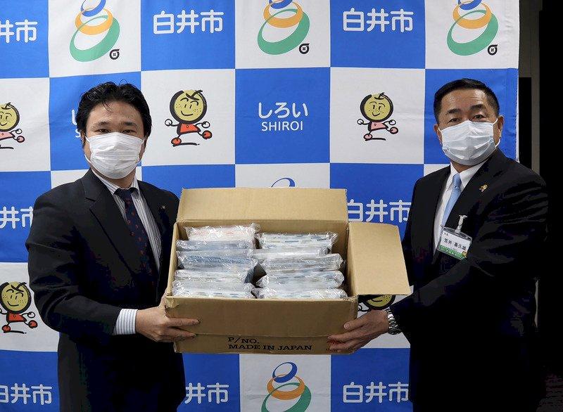 日本疫情拉警報 台灣官民捐防疫物資