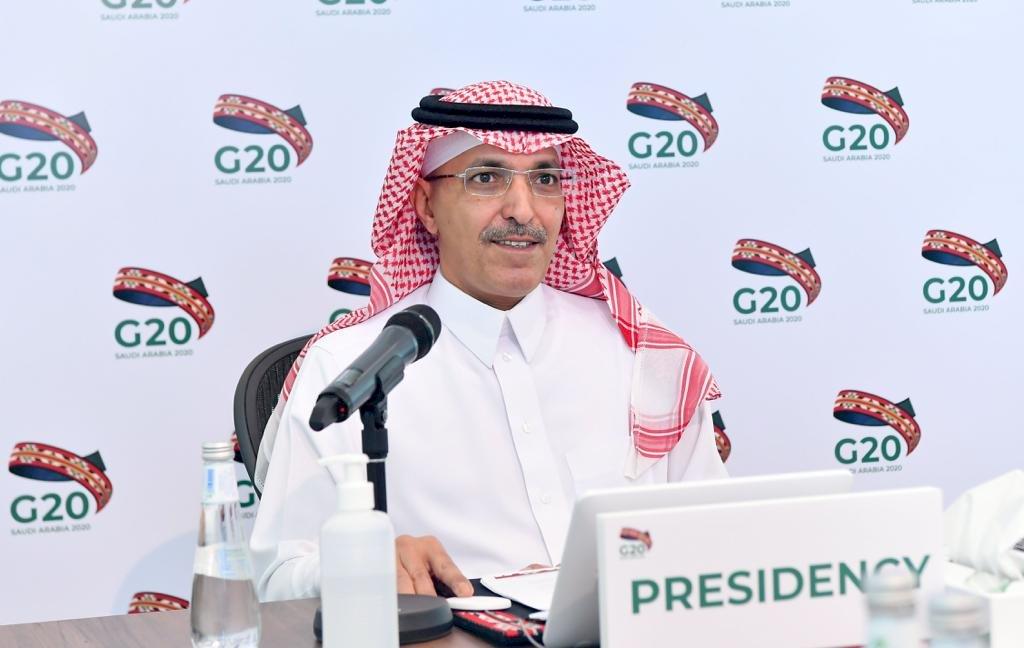 沙國出招 外商要搶政府合約先把總部遷來