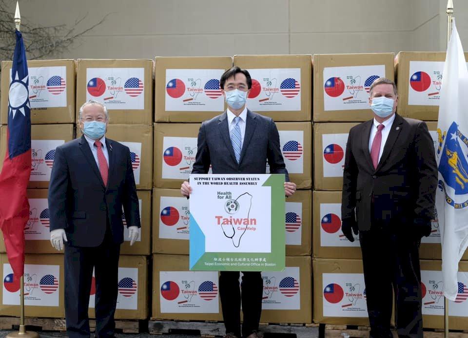 台灣10萬片口罩馳援 助美國麻州抗武漢肺炎