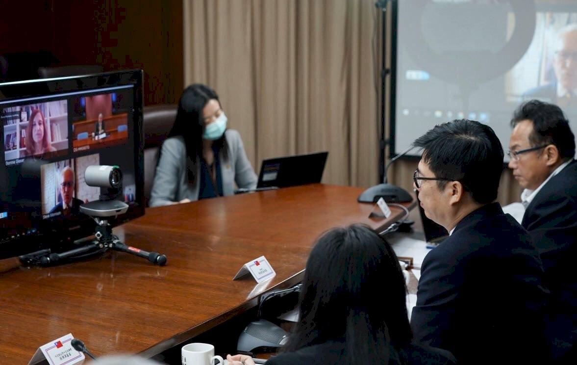陳其邁與美國衛生部副部長線上會議對談 分享台灣防疫經驗