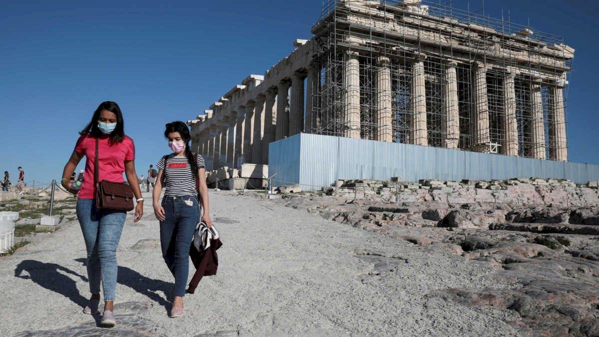 希臘熱浪來襲 衛城因高溫短暫關閉數小時