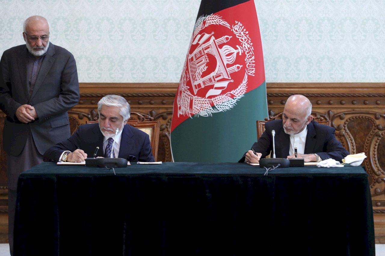 阿富汗總統與對手簽權力共享協議 結束政治危機