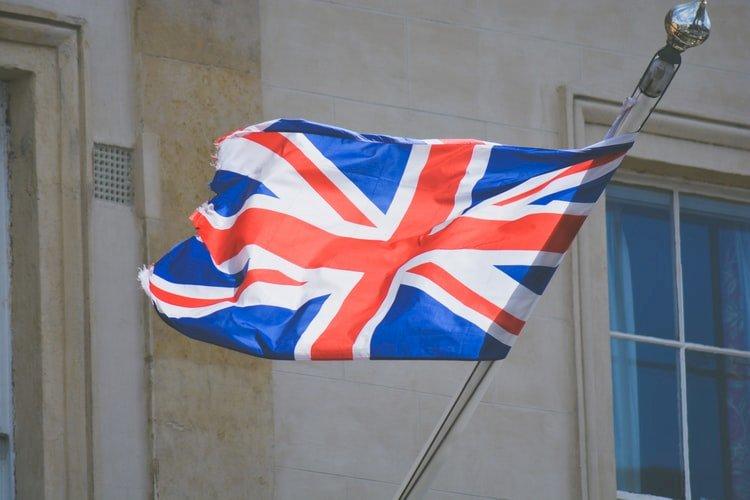 英國外委會主席示警 大學院校過度依賴中國資金