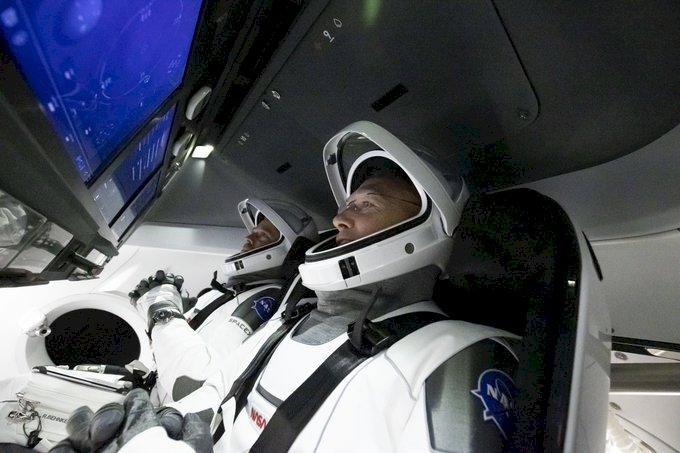天氣攪局 SpaceX載人升空任務延期